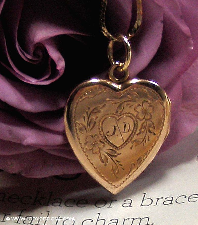 Blog-closeup j-d heart